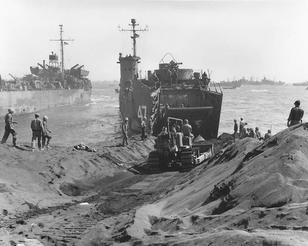 Green Beach, Iwo Jima 1945