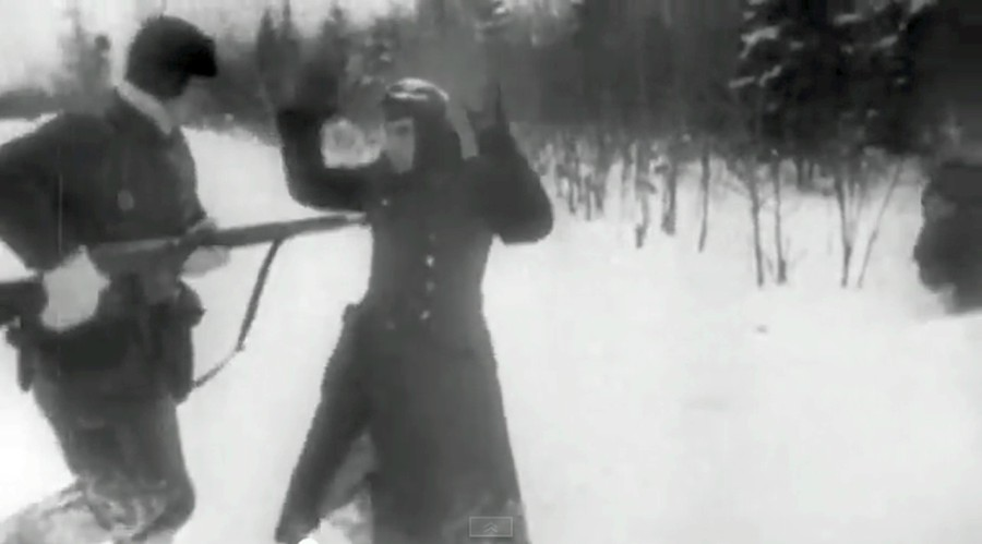032 The World At War 1973(World War II Documentary) Episode 11-Red Star The Soviet Union (1941–1943) Screenshot