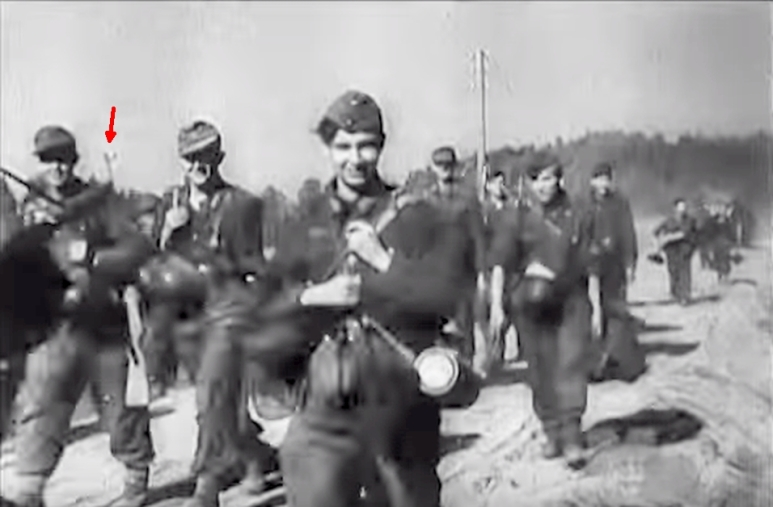 056 G4143 German WW2 Newsreels King Tigers, Winter War, FW 190s & more - Restored Screenshot