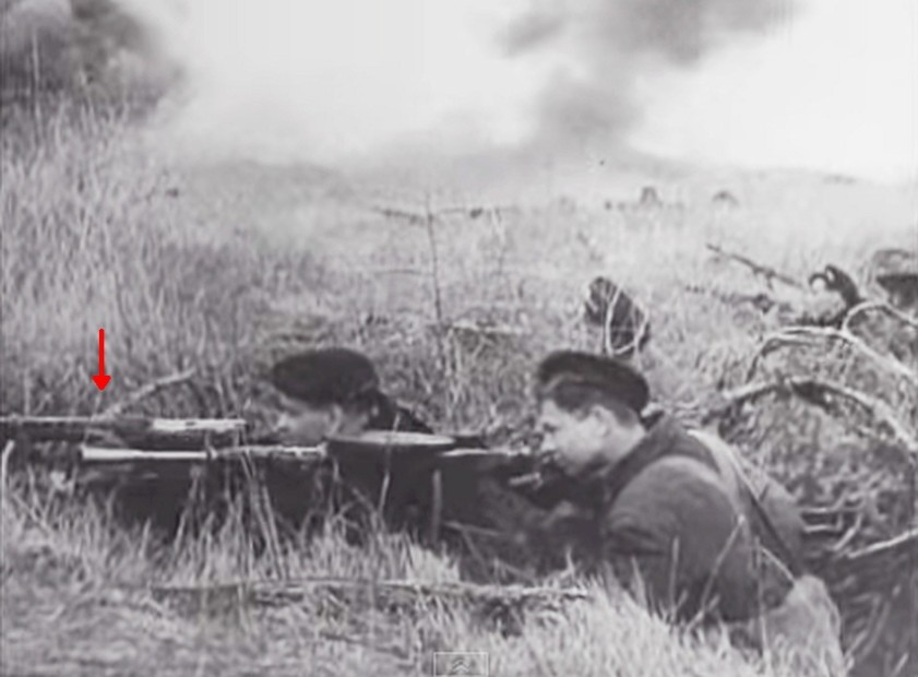26a SVT 40 Battlefield S4E1 - The Battle of Kursk Screenshot