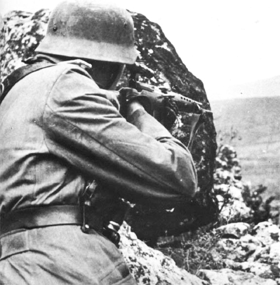 German soldier with SVT-40