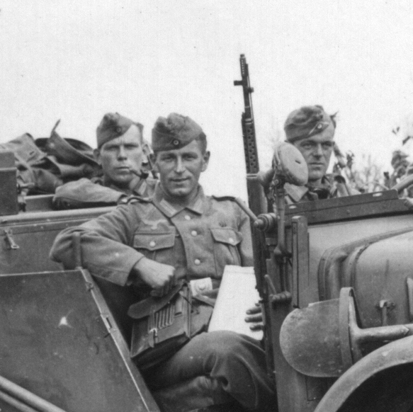 German with SVT-40 in jeep