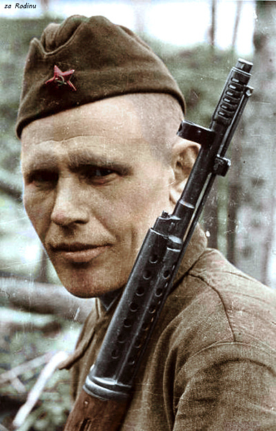 Soviet Soldier with SVT-40 2