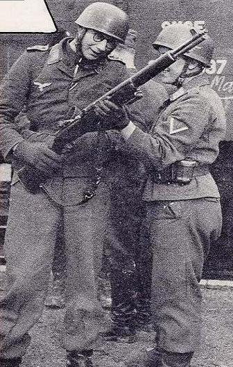 German Paratrooper M1 Garand